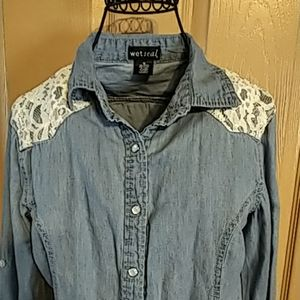 Wet Seal womens button up jean & lace shirt M